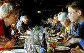 Lunch på Palace med Ulla Holm och Carl Johan Petersson i förgrunden